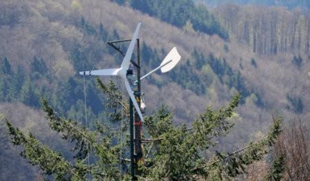 Las turbinas instaladas en árboles son menos eficaces