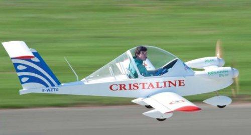 El mini-avión eléctrico Cri-Cri establece otro récord