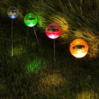 Poketo presenta nuevas lámparas solares de exterior