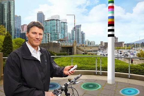 V-Pole, un poste que recarga nuestro vehículo eléctrico, ilumina el lugar y nos da acceso a internet