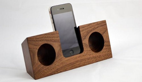 3 parlantes para iPhone que no usan electricidad3