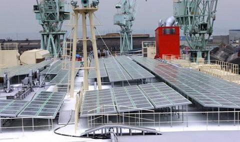 Emerald Ace, un buque híbrido de carga que usa energía solar2