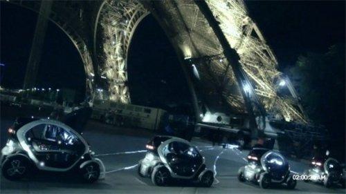 Renault conecta al Twizy a la Torre Eiffel en su más reciente comercial