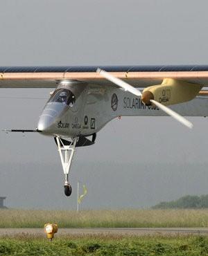 Suspendido el vuelo del Solar Impulse debido al viento