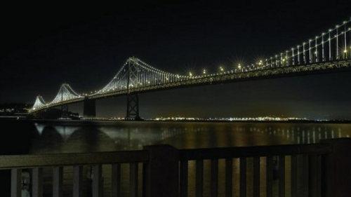 Luces LED para el puente de la bahía de San Francisco