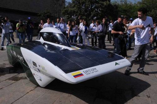 Primavera el auto solar hecho en Colombia