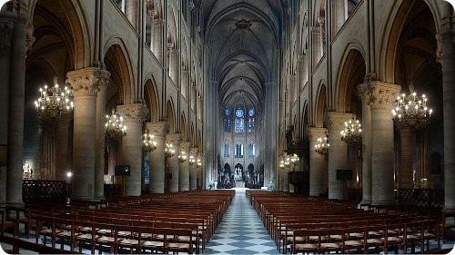 La Catedral de Notre Dame recibe luces LED
