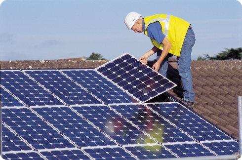 La energía solar cada vez es más barata