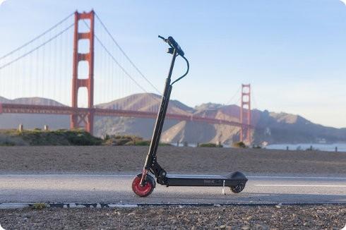 EcoReco M3: una estupenda y práctica scooter eléctrica