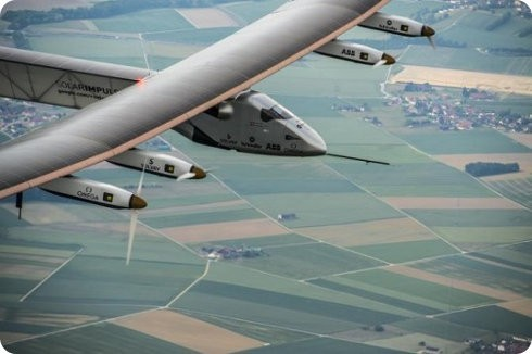 El avión Solar Impulse 2 ha despegado