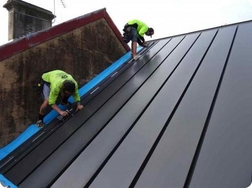 Esta instalación solar puede generar electricidad y calor