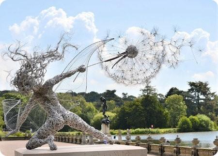 Geniales esculturas hechas con cables metálicos
