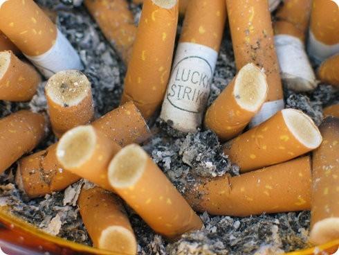Reciclaje de colillas de cigarillos