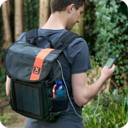 mochila-con-panel-solar-nuevo-metodo-para-cargar-tu-dispositivo-movil