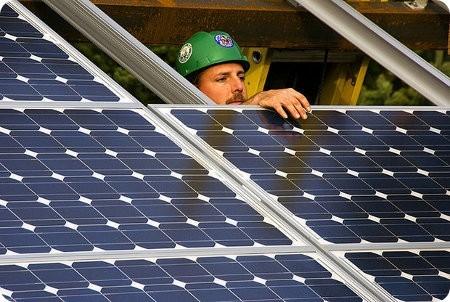 Amazon construirá una enorme granja solar en Virginia