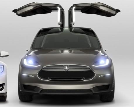 El Tesla Model X sería lanzado en septiembre