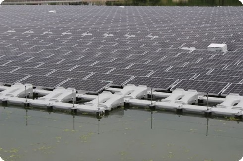 Japón tiene la mayor granja solar flotante