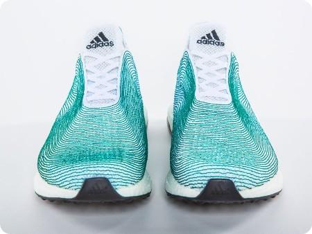 Adidas revela nuevos sneakers hechos con basura reciclada