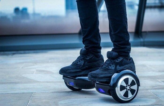 Nueva York prohíbe el uso de hoverboards en el transporte público